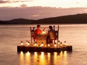 first date raft