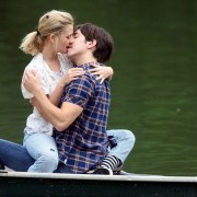 Kissing Integral Part Of Finding a Partner, Research Says
