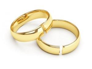 Broken wedding rings