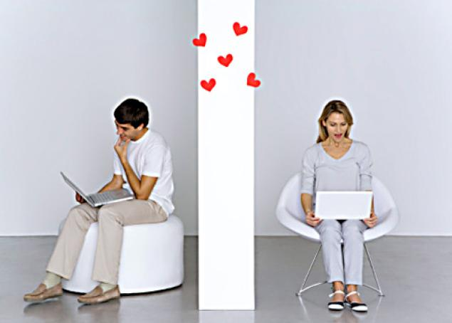 Online daters learning about one another