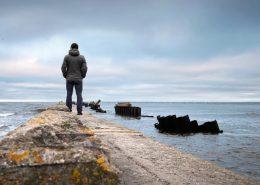 7 Tips to Avoid Seeming Desperate
